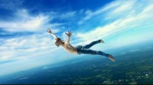 飛ぶ夢占い!飛ぶ夢が象徴するあなたの心理!