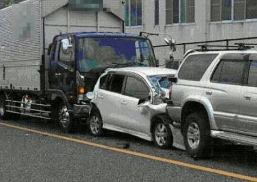 玉突き事故の夢