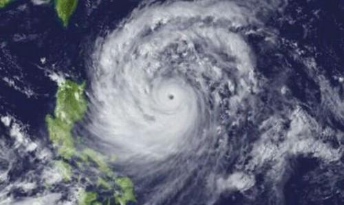 台風から逃げる夢