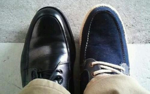 左右ちがう靴の夢