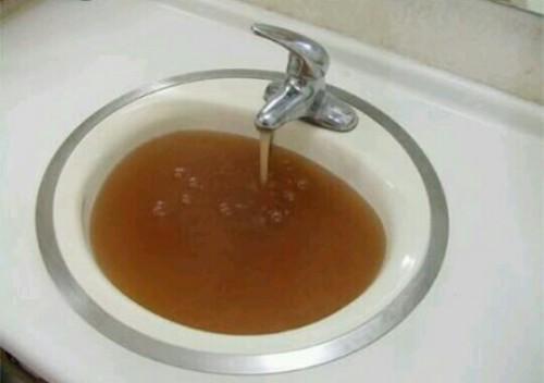 汚い水の夢