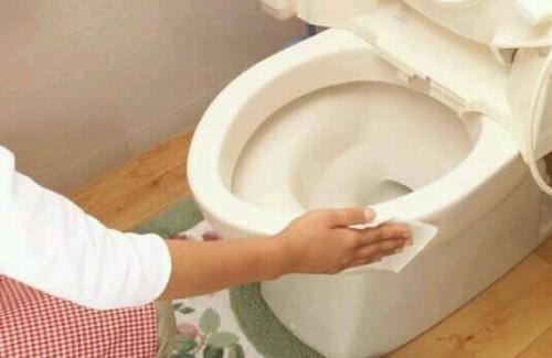 トイレ掃除の夢