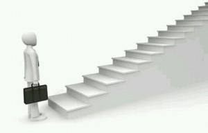 [夢占い]階段の夢はアナタの理想と未来の暗示?