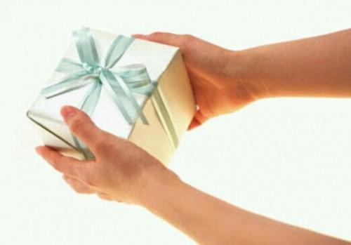 プレゼントをあげる夢