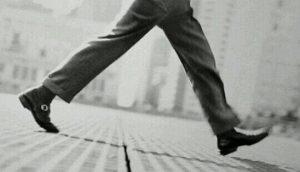 [夢占い]歩く夢はアナタの生活に重要な暗示!?