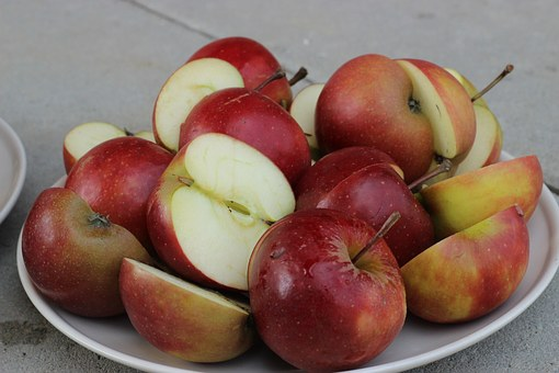 apple-1239540__340