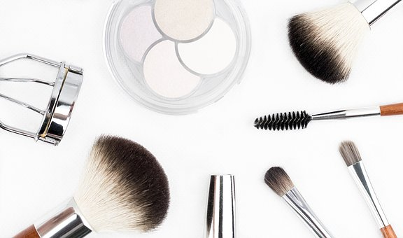 makeup-brush-1768790__340