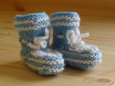 baby-socks-258323__340